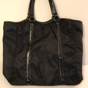 Ann Taylor nylon/patent leather tote
